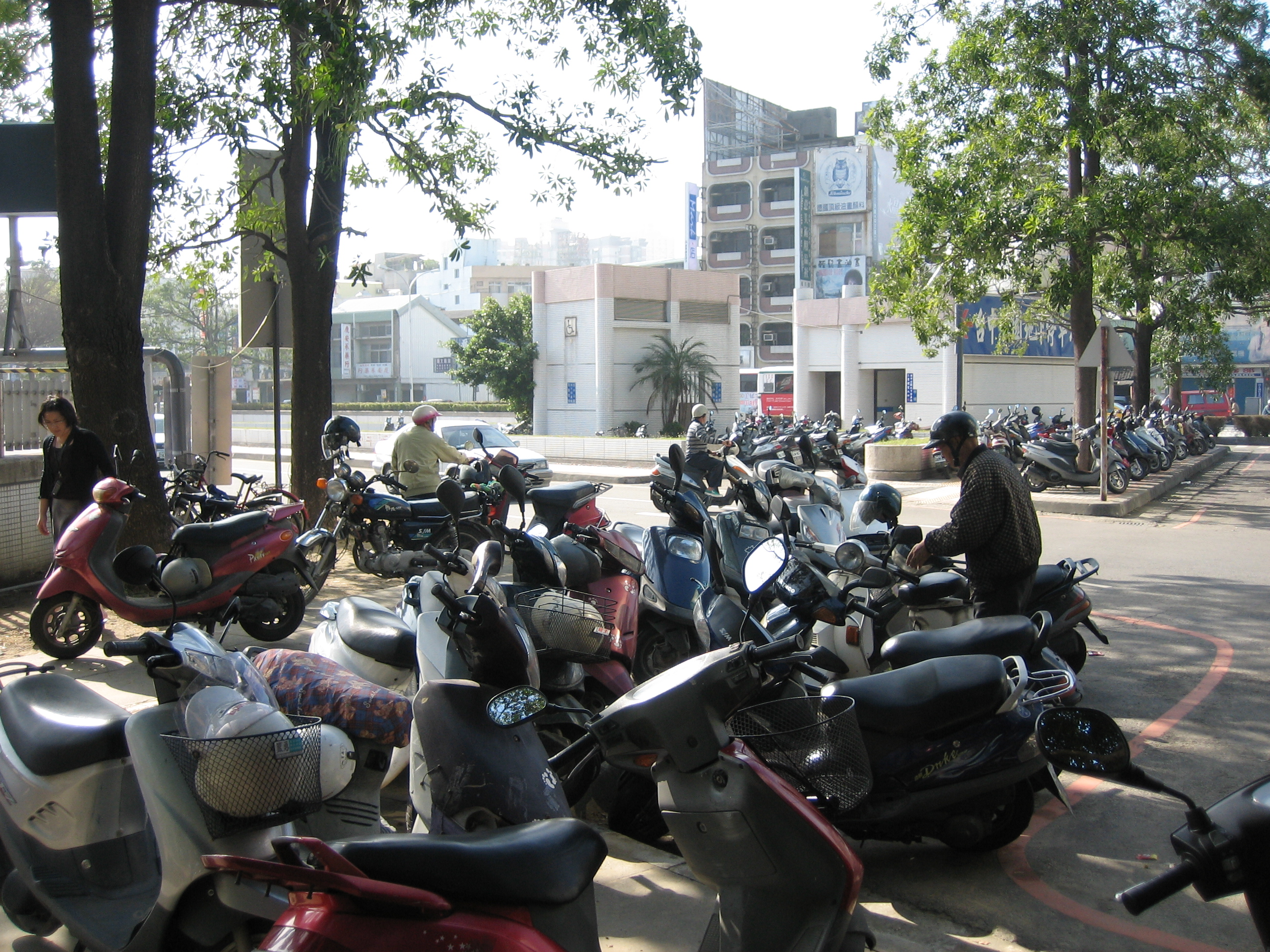 Scooters in Taichung