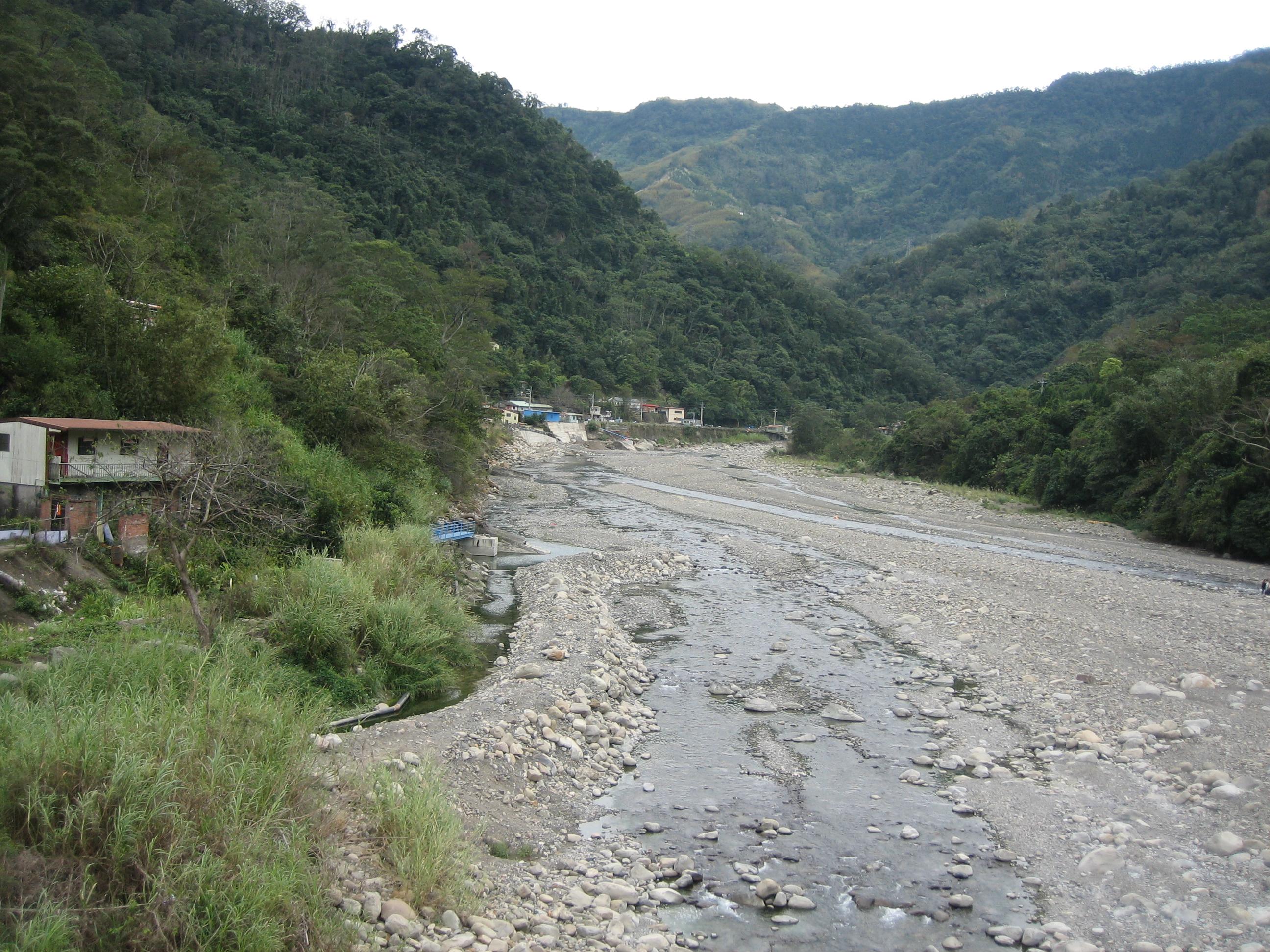 Dry river in Neiwan